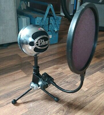Blue Snowball Microphone With Pop Shield • 25£