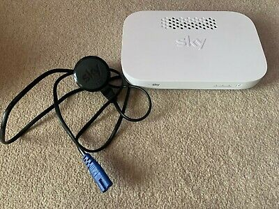 Sky Q Wireless Booster Model EE120 White • 39.99£