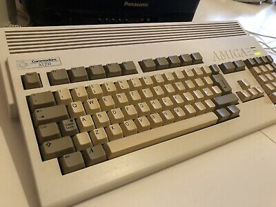 Commodore Amiga 1200 + Upgrades • 1.20£