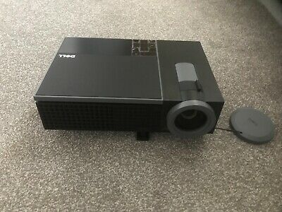 1080P Projector Dell 1510x Projector DLP With All Accessories - Great Condition • 49£
