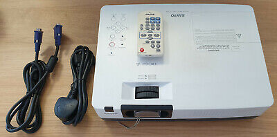 SANYO PLC-XR201 XGA PROJECTOR With Remote Only 812 Lamp Hours! • 40£