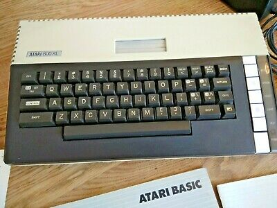 ATARI 800XL - Tested And Working • 21£
