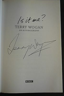 Book. Is It Me? Terry Wogan An Autobiography, SIGNED • 42.50£
