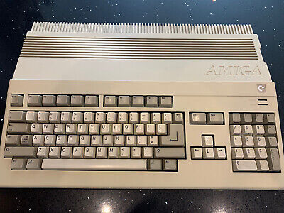 Amiga 500 Computer ( In Good Working Order ) Stripped And Cleaned • 145£