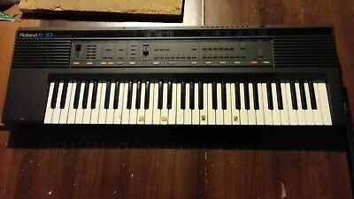 Roland Electric Organ • 30£