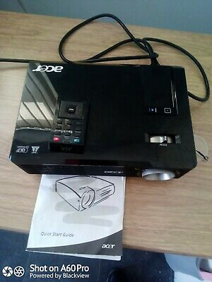 Acer 110 Dlp Projecter With Pulldown Screen • 50£