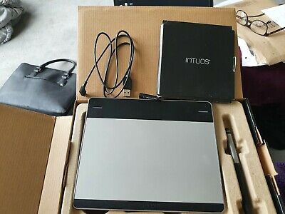 Wacom CTH-480  Intuos Art Black Pen And Touch Graphics Tablet - Black Small • 27£