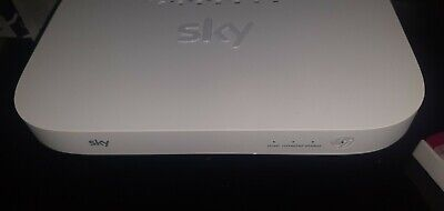 Sky Q Wireless Booster Model EE120 White • 45£