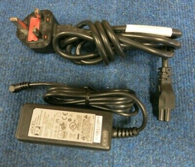 New XP Power AEL15US05C6 AC Power Adapter Charger 12 Watt 5 Volts 2.4 Amps • 30£