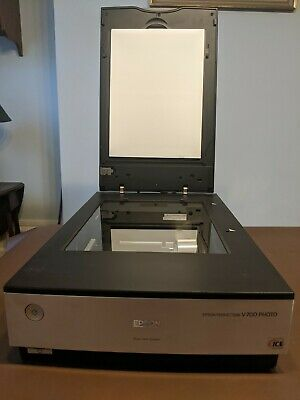 Epson Perfection V700 Flatbed Photo Scanner • 50£