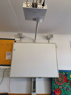 Promethean Active Board & Projector On Stand • 400£