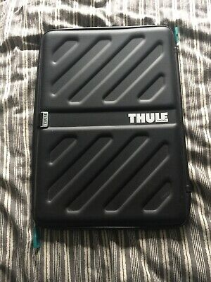 """Thule Laptop Case ( Hardly Used ) 15"""" Soft Shell , Water Resistant. • 20£"""