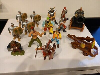 Soldiers, Pirates And Other Figures, Assorted Lot Of 14. • 4.99£