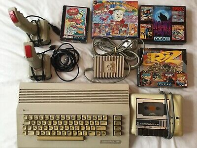 Commodore 64 Computer With Cassette And Games  • 23.99£