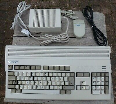 Commodore Amiga A1200 With Mouse & Power Supply In Great Condition; Made In UK • 425£