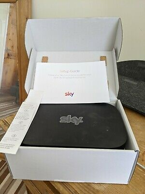Sky Q Hub ER115UK In Box With All Accessories • 4.99£