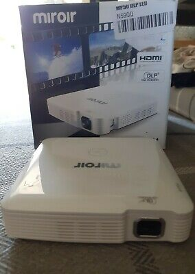 Miroir  MP50M Mini HDMI And MHL Projector With All Cables • 75£
