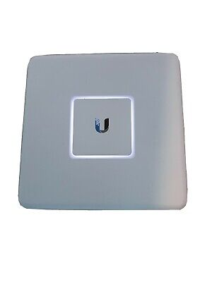 Ubiquiti USG UniFi Security Gateway Enterprise Router 3xGbit Port  • 52£