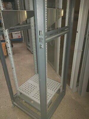 Server Cabinet UsedSelling 5 Units  At £90  Each Cash On Collection Only Reduced • 90£