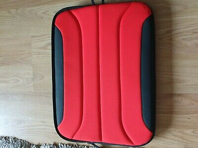 Targus Laptop Sleeve Never Used  • 8£