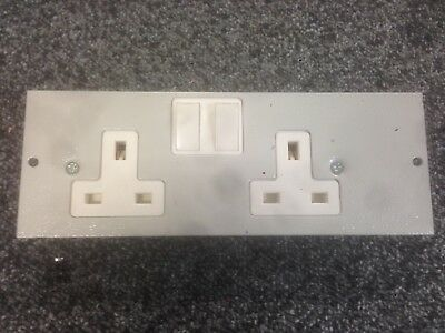 2 Gang Light Grey Switched Double Plug Socket 250V 13A For Cavity Floor Box X 1 • 9.50£