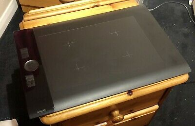 Wacom Intuos 4 Large PTK-840 Drawing Tablet - Includes 2 Pens/Installation Disc • 100£