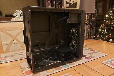 Fractal Design Focus G Case, Used But In Excellent Condition. • 15£