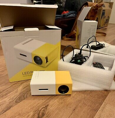 LED Projector In Yellow • 40£