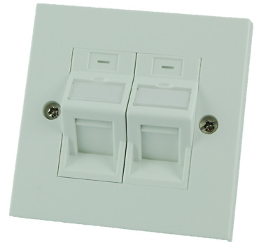 2x CAT5e Toolless Keystone + Faceplate And Adapter Kit  • 5.50£